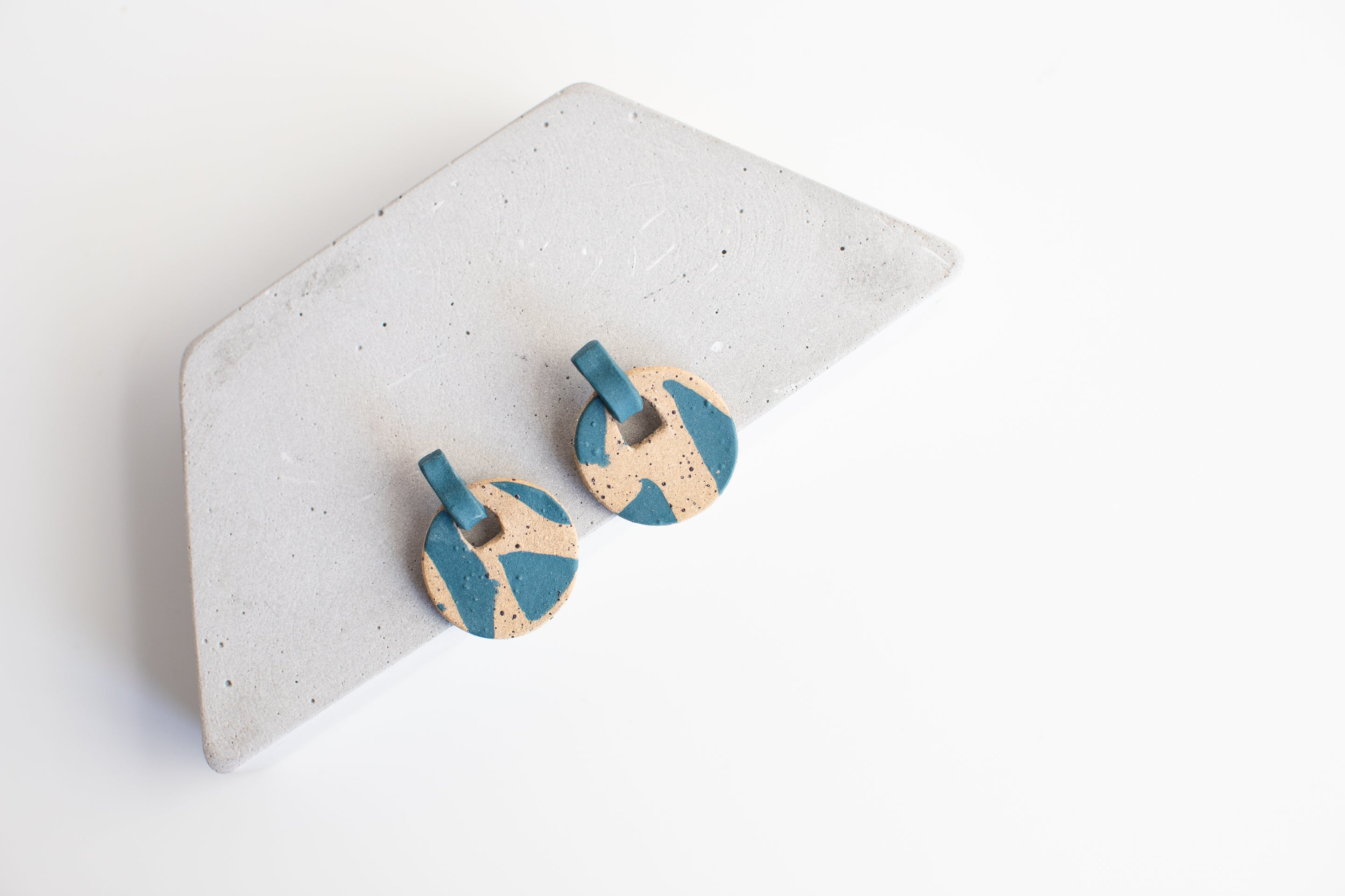 Barrow Ceramic Keynote Earrings