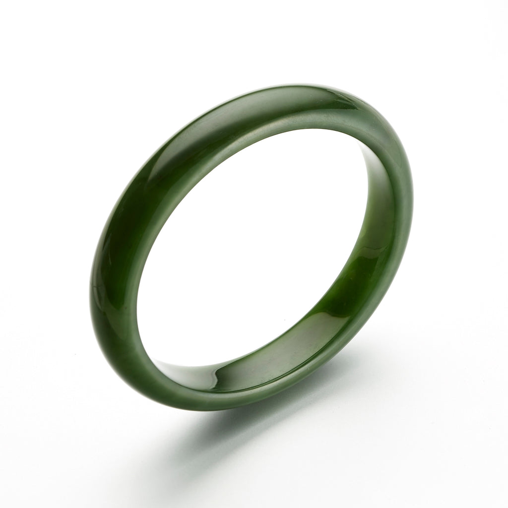 Leaf Green Nephrite Jade Bangle