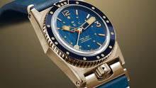 Load image into Gallery viewer, 1964 VINTAGE SPIRIT BRONZE BLUE DIAL