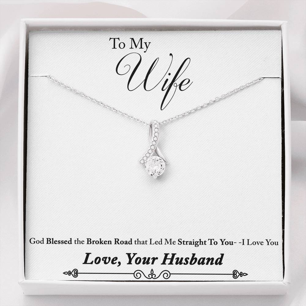 Alluring Beauty Necklace For The Wife! - Proud Patriots