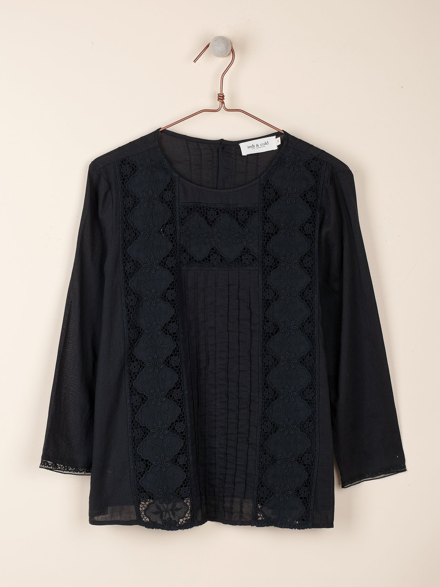 Indi & Cold Camisa ls Blouse - 2 colours available.