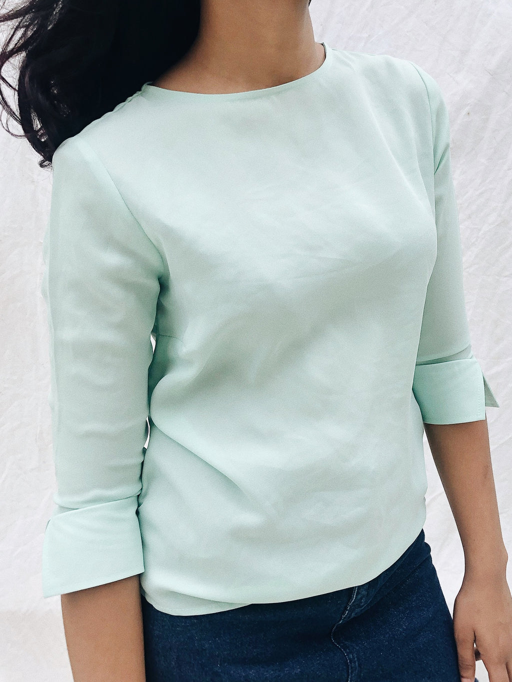 MIDI SLEEVE ROUND NECK TOP