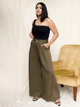 Wide Leg Flared Trouser