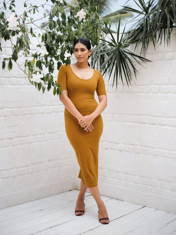 Round Neck Body-con Ribbed  Dress