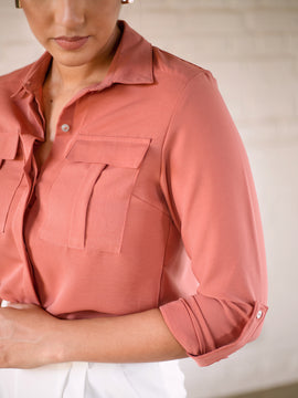 Double pocket long sleeved shirt