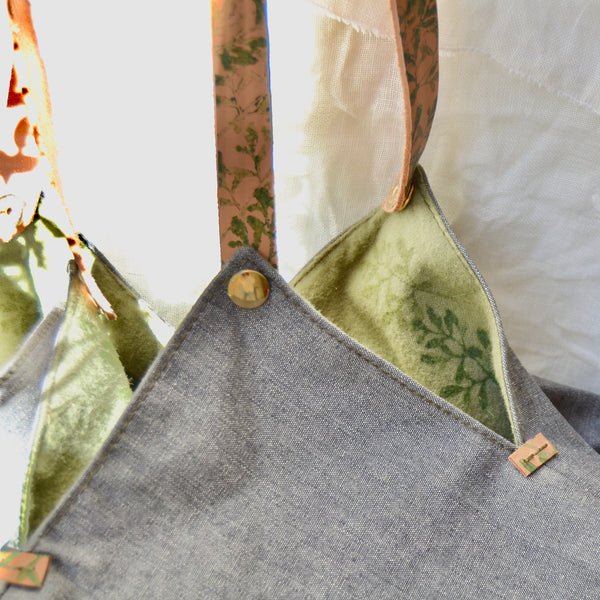 BUGS & LEAVES | Origami Bag in Grey and Green