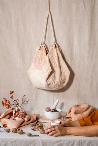 BUGS & LEAVES | Origami bag in Natural Colors