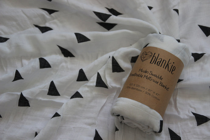Bamboo Cotton Blend Muslin blankie - Triangles