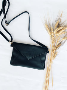Black Kimi Clutch - The Bamboo Rack