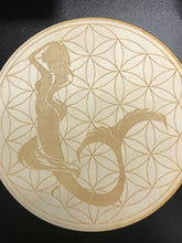 "Load image into Gallery viewer, 10"" Birch Wood Engraved Crystal Grids"