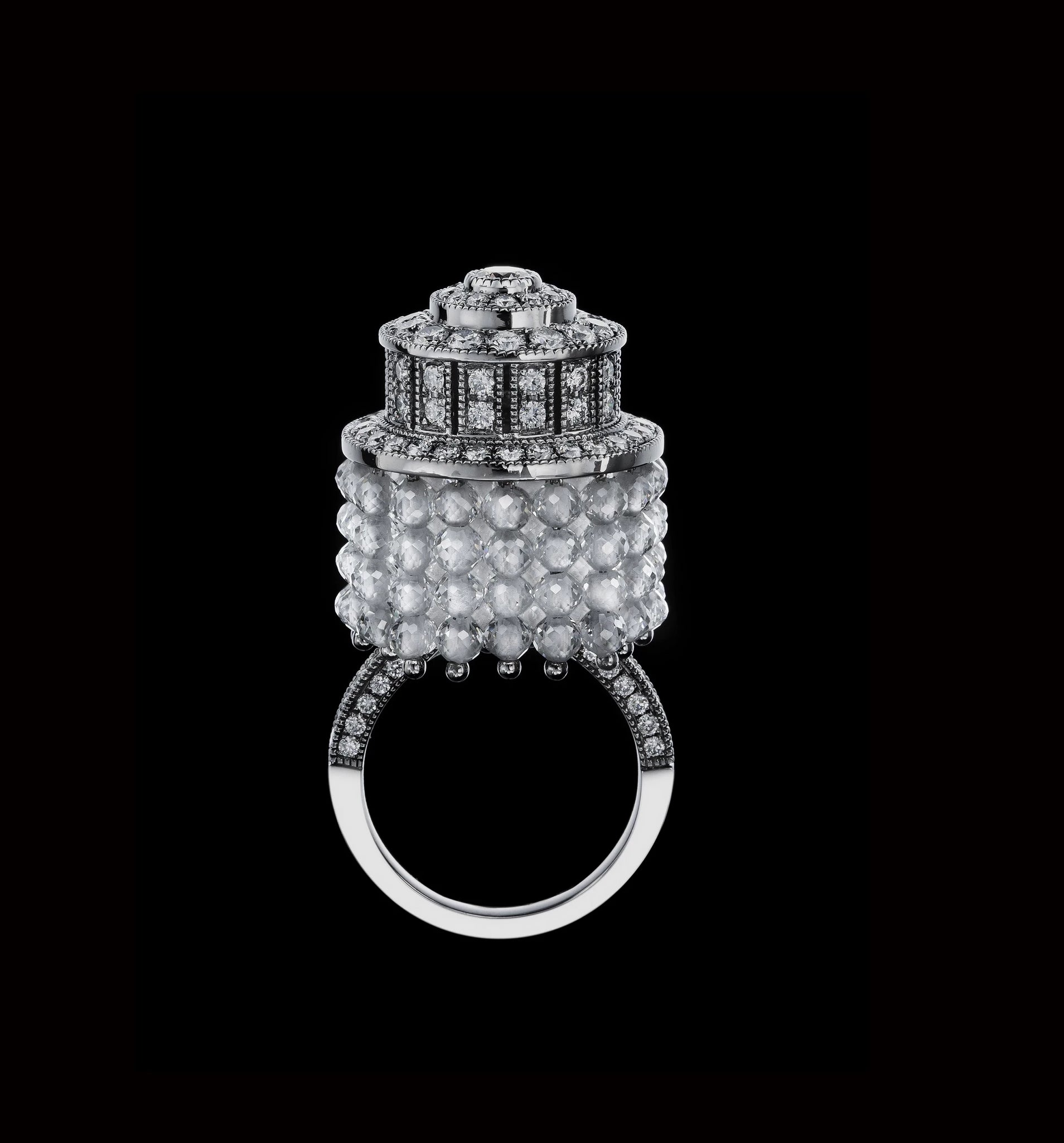 The Chandeliers Ring (NTT-R01-CH)