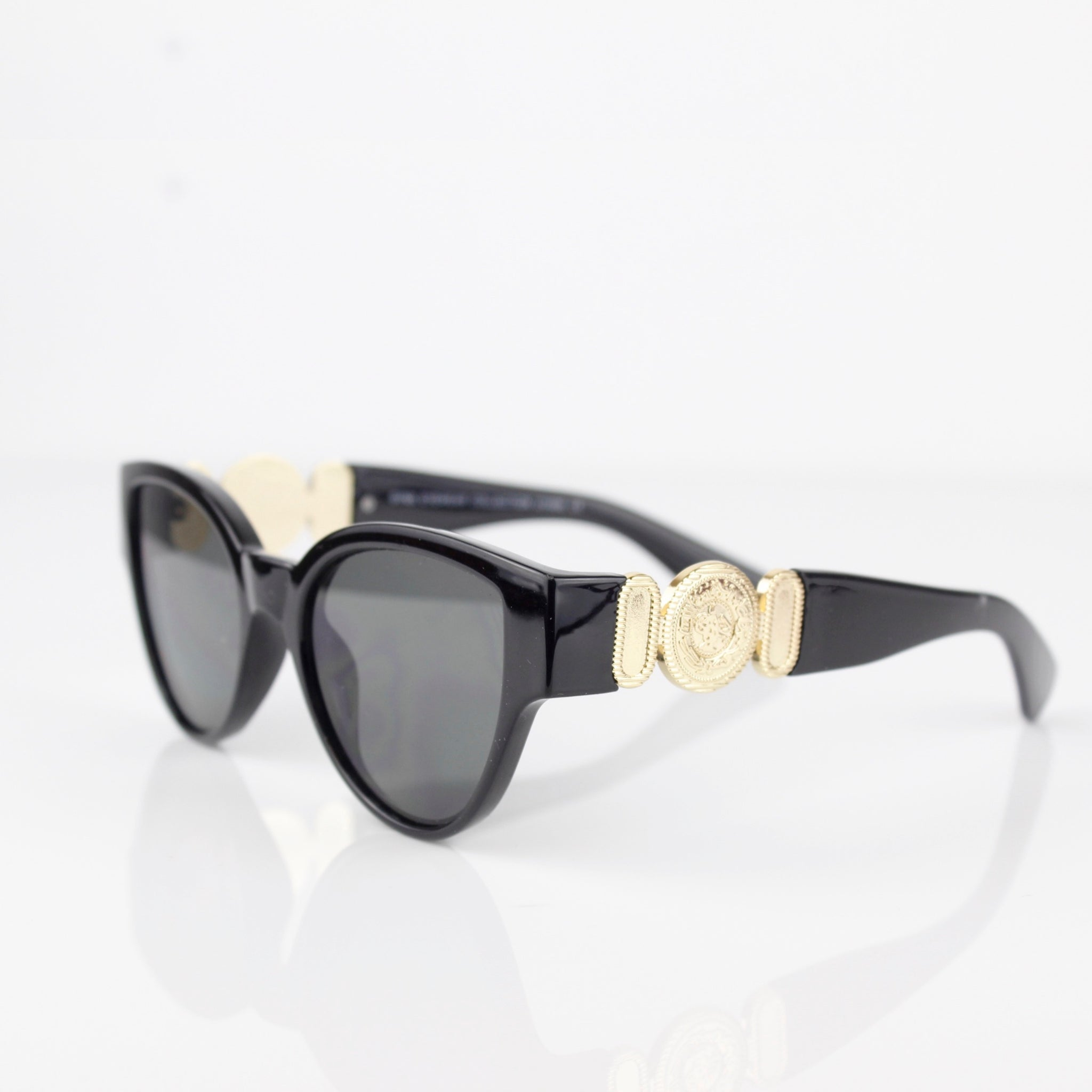 BLACK FRAME WITH GOLD MADALLION SUNGLASSES - svnx