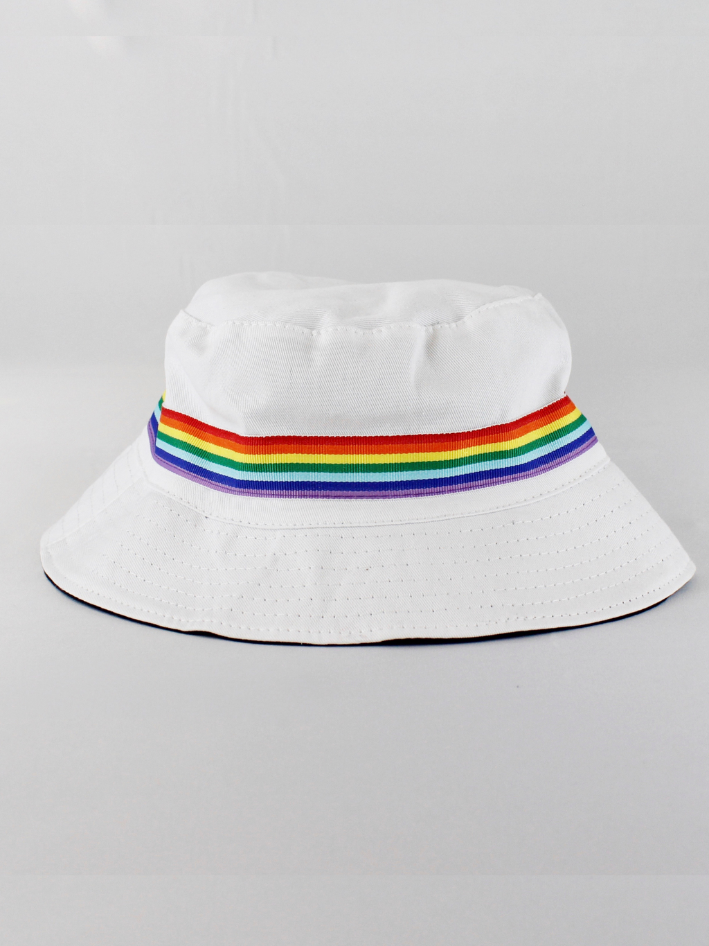 REVERSIBLE PRIDE BUCKET HAT - svnx