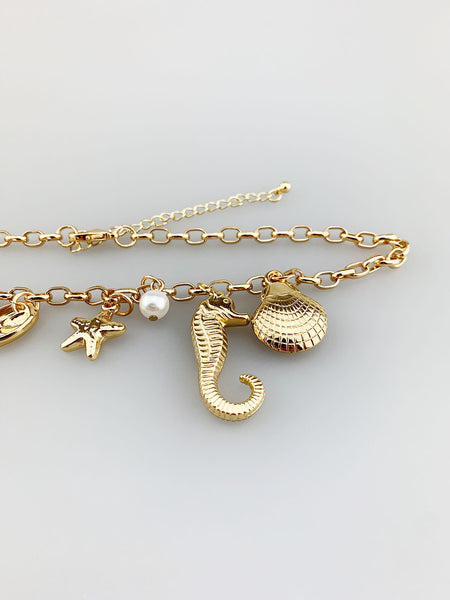 Chain Necklace with Seashell and Pearl Charms
