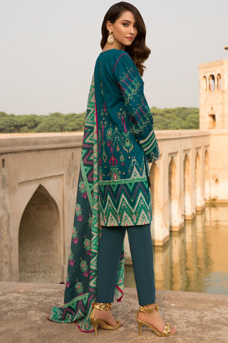 Warda Designer Collection - 3PC Khaddar Embroidery 3819708