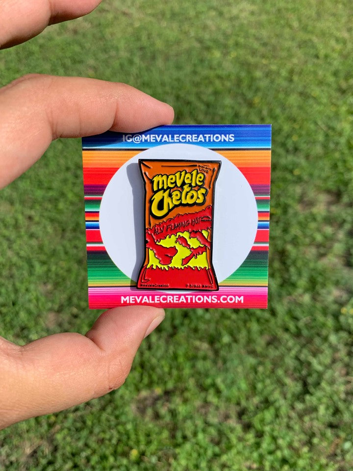 ''Mevale Chetos'' BAG Pin