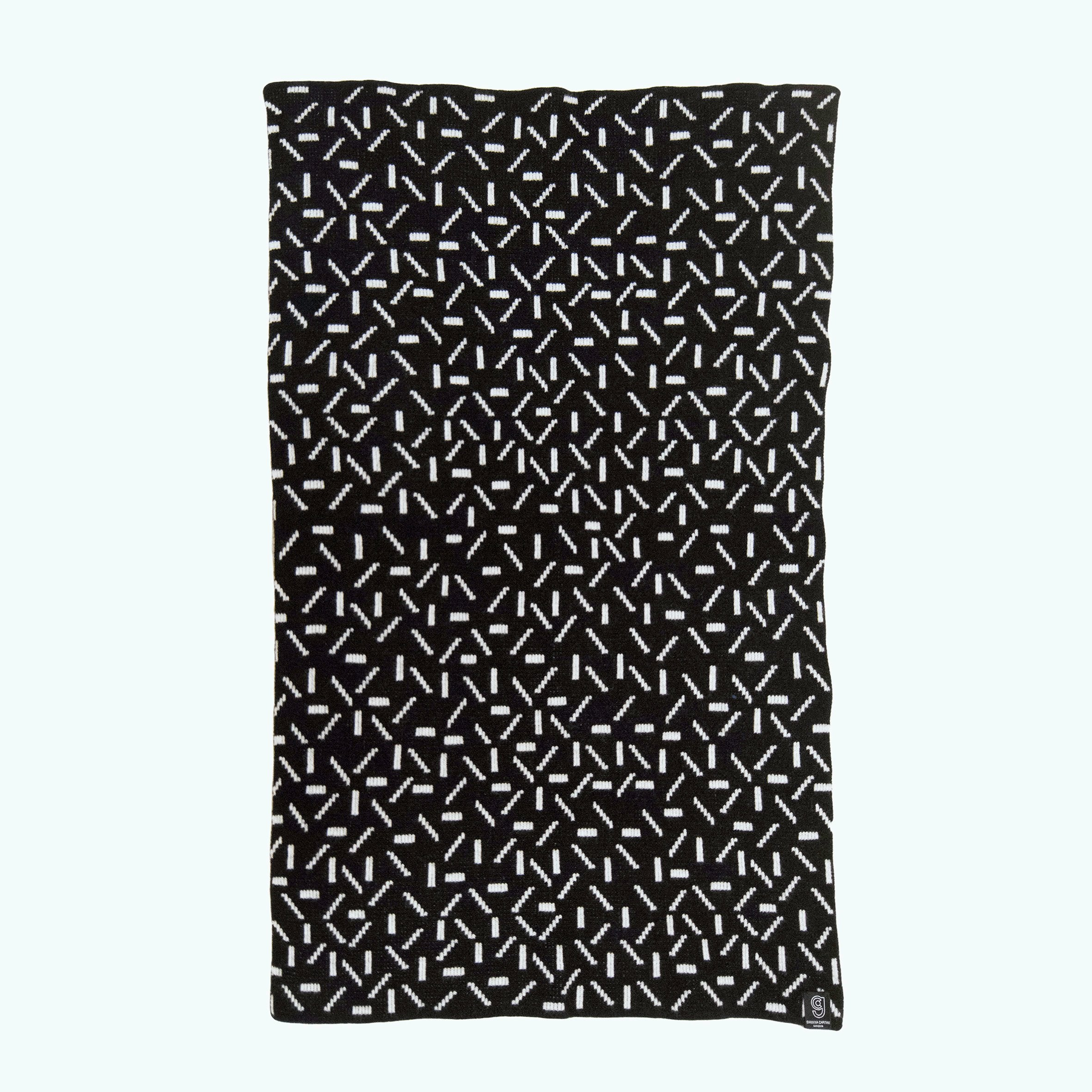 DASH BABY BLANKET IN BLACK AND WHITE