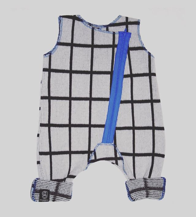 GRID BABY ROMPER IN GREY AND GREY