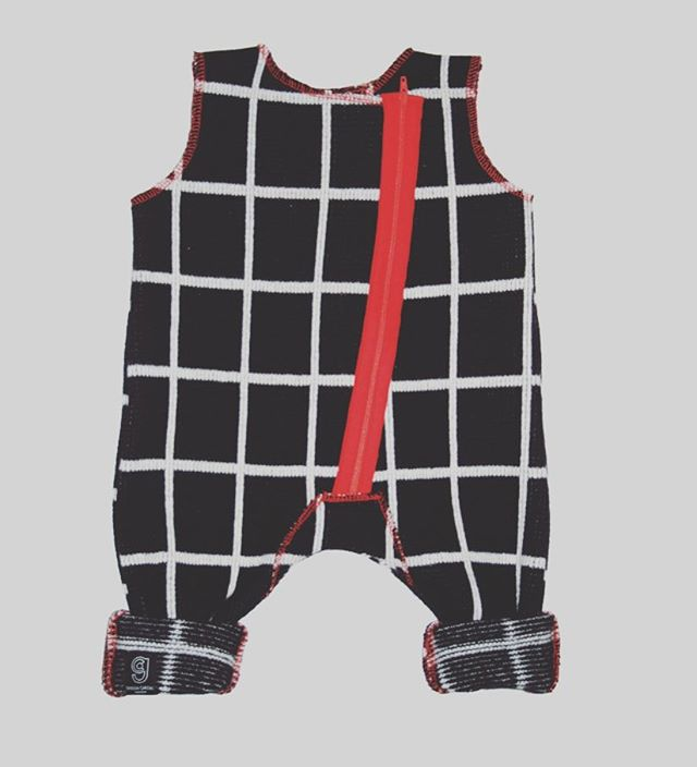 GRID BABY ROMPER IN BLACK AND WHITE