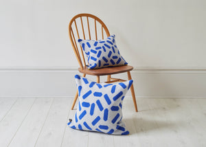 TIC-TAC CUSHION IN GREY AND BLUE