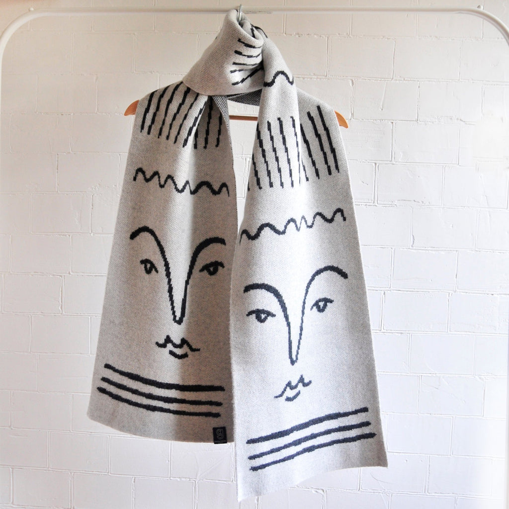 GIANNINA CAPITANI X ALICE DANSEY-WRIGHT WIDE SCARF IN GREY