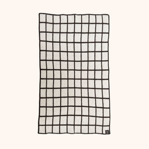GRID BABY BLANKET IN GREY AND GREY
