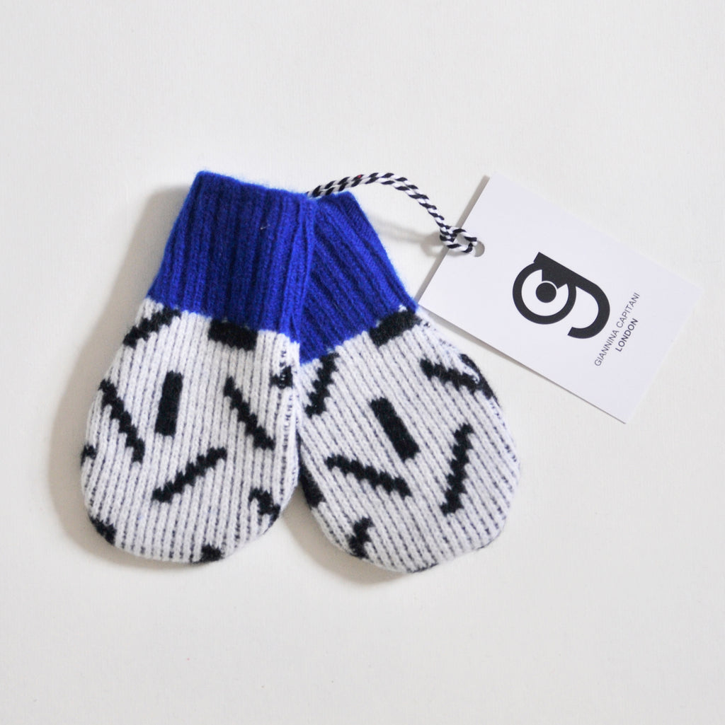 DASH BABY MITTEN IN WHITE AND BLACK