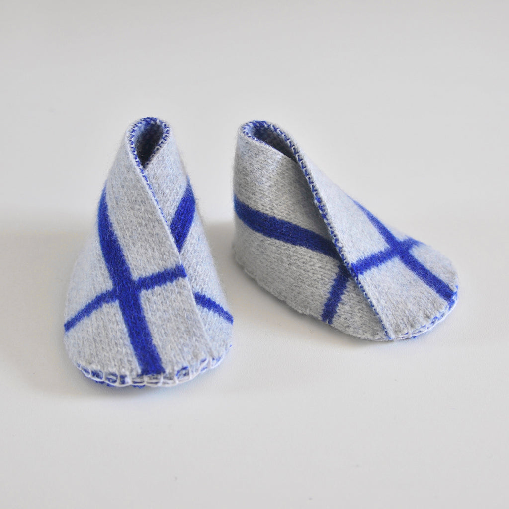 GRID BABY BOOTIE IN GREY AND BLUE