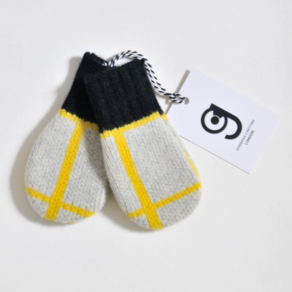 GRID BABY MITTEN IN GREY AND YELLOW