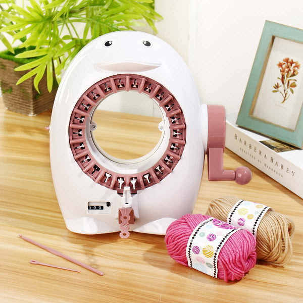 Knitting Machine for Baby Hats Weaving Novelty Penguin (22 Needles)
