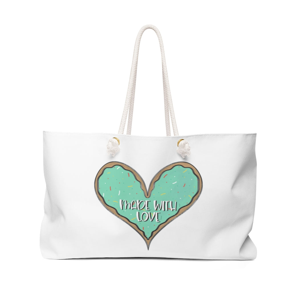 (b) Made With Love Green Heart Weekender Bag