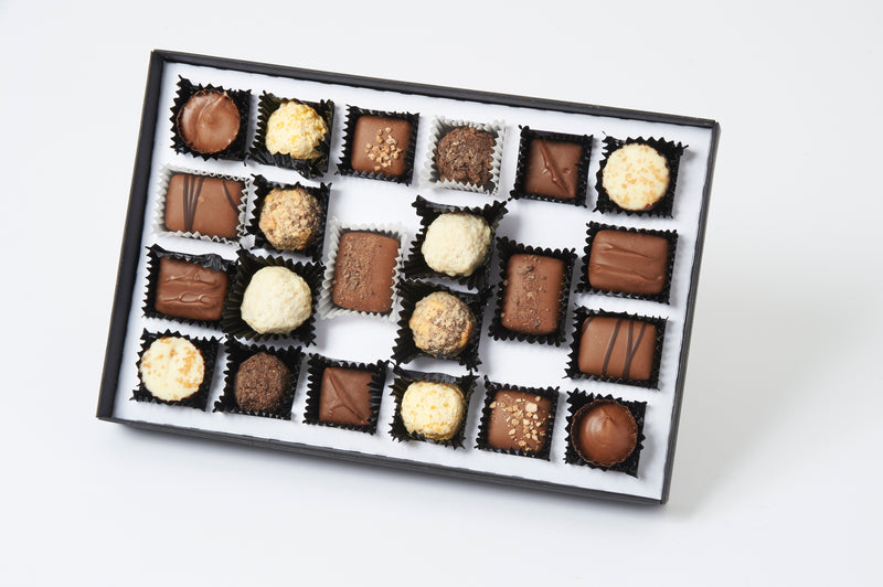 Chocolate Selection Box Assortment (630g - 44 pieces)