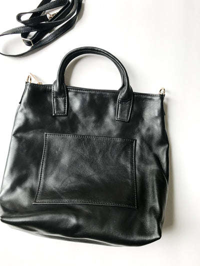 EVERYDAY CROSSBODY BAG IN BLACK LEATHER