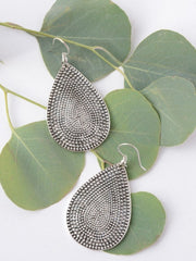 DOTTED TEAR DROP EARRINGS