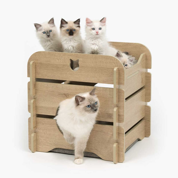Vesper Premium Oak Cottage - Cat Beds & Carriers