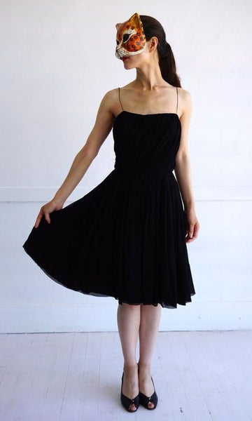 Spaghetti Straps Black Knee Length Homecoming Dresses    S1223