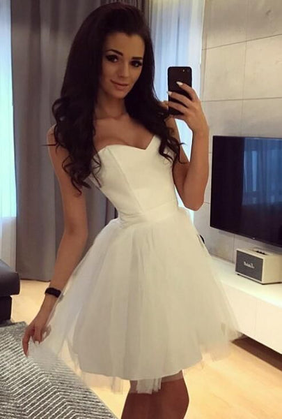 Simple White Short Homecoming Dresses S1289