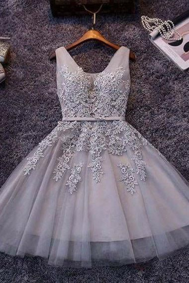 Princess Gray V-neck Lace Appliqued Homecoming Dresses,Grey Tulle Short Homecoming Dresses  S1354