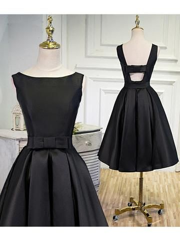 Simple Homecoming Dress Black A-line Satin Bateau Short Homecoming Dress S1415