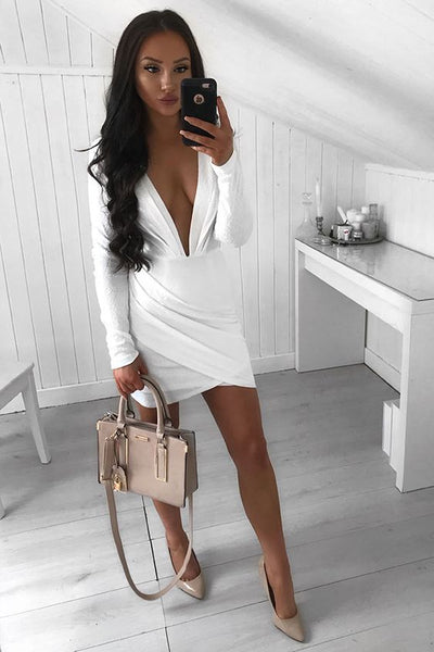 Sheath Deep V-Neck Long Sleeves Short White Homecoming Dress with Ruched   S1770