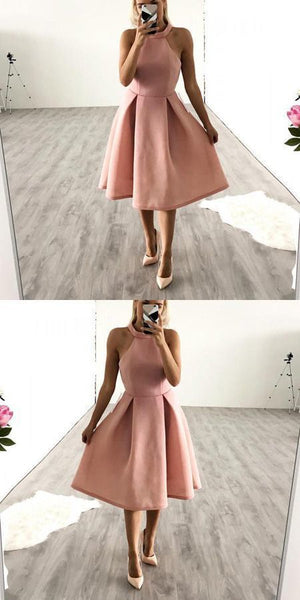 Elegant A-Line Halter Knee Length Homecoming Dress With Pleats  S229
