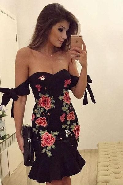Off Shoulder Straps Lace Up Embroidery Flower Ruffles Short Homecoming  Dress  S336