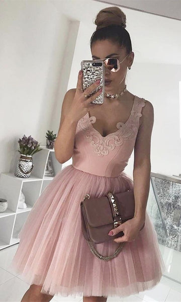 A-Line V-Neck Pink Homecoming Dress with Appliques S376