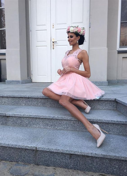 A-Line V-Neck Blush Tulle Short Homecoming Dress with Appliques  S556