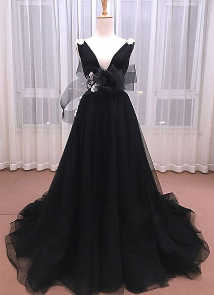 Unique Black Tulle V Neck Long Senior Prom Dress With White Lace Applique  S6531