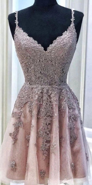 Spaghetti Straps Tulle Short Homecoming Dresses with Appliques S12180