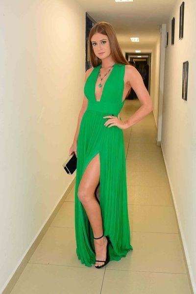 Green A Line Chiffon Sexy Plunge Prom Dresses   S7186