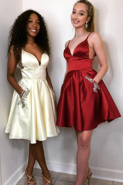 Spaghetti Straps Beading Short Red Homecoming Dress with Pockets   S715