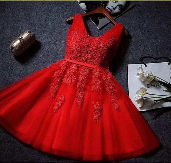 Elegant Tulle V Neck Lace Appliques Homecoming Dress S23534