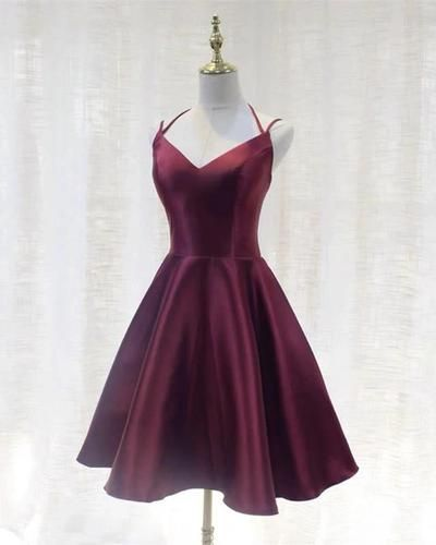 Burgundy Satin Short Homecoming Dresses S23544